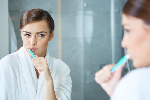 pasta de dientes cepillar